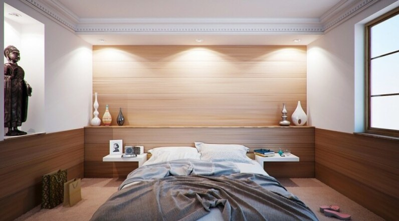 Klasická postel