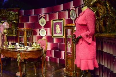 """An office of proffesor """"all pink"""""""