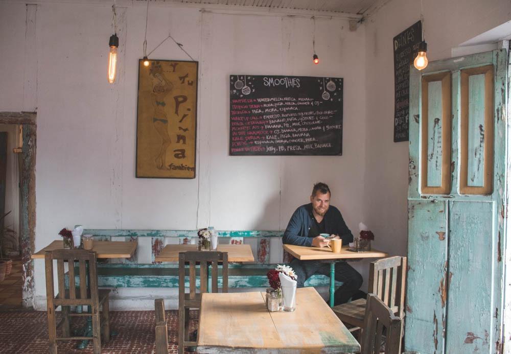 """""""Y tu Pina tambien"""" - ena izmed luštnih kavarnic"""