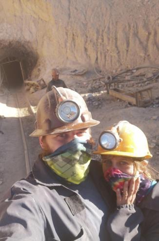 Rudnik srebra v Potosiju - midva po obisku pred rudnikom