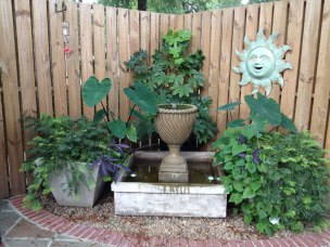 corner-container-garden
