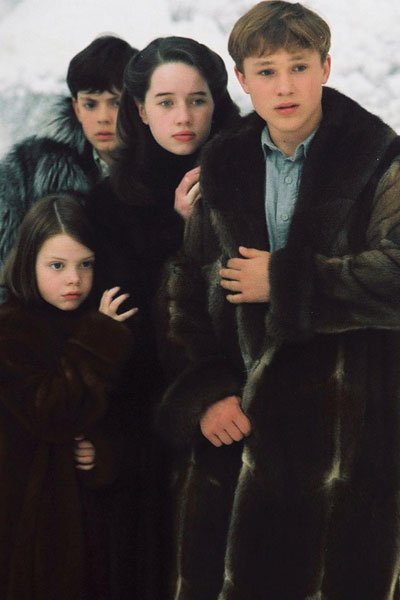 Georgie Henley as Lucy, Skandar Keynes as Edmund, William Moseley as Peter  and Anna Popplewell as Susan Pevensie.