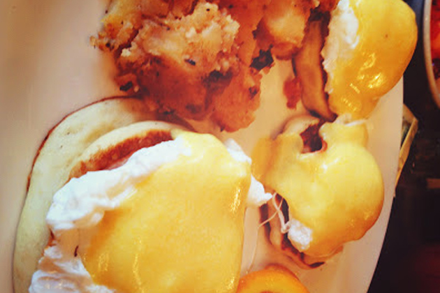 Gluten-Free Eggs Benedict at Blue Moon Grill Wakefield