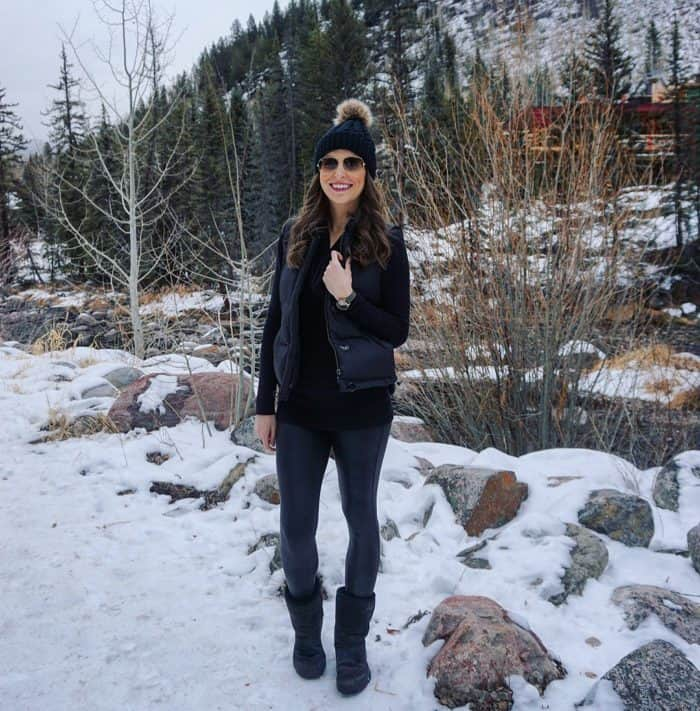 Apres Ski Style - Spanx Leggings, Uggs, Thermal Shirt, Vest and Beanie