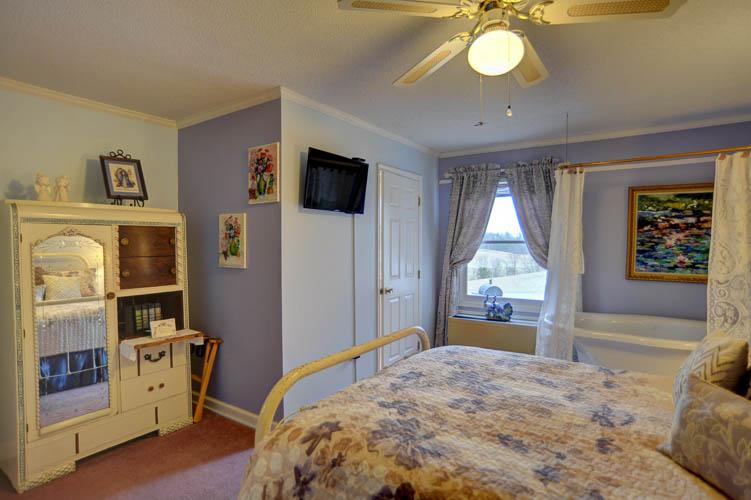 White Oak Flats Room