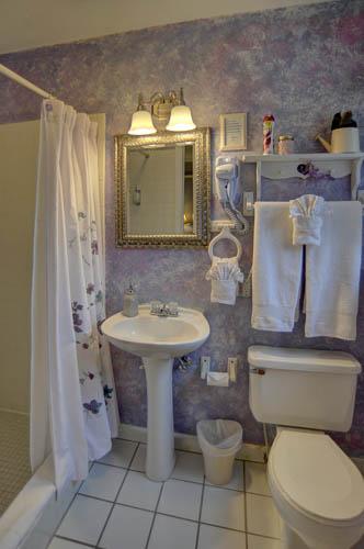 White Oak Flats Bathroom