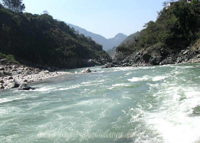 River side along when going to Chopta