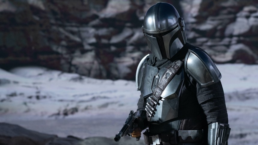 Pedro Pascal shouts out the stuntmen who helped create his Mandalorian