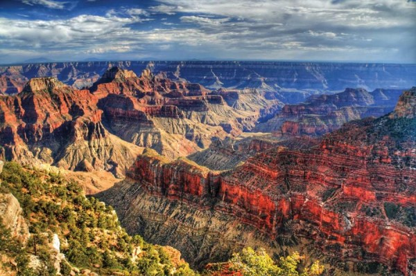 The spectacular sedimentary rock formation of the Grand Canyon.