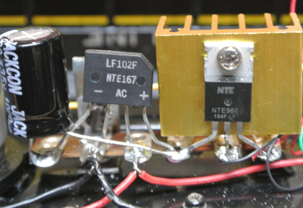 medium resolution of gp30internal arrows closeup ac dc converter