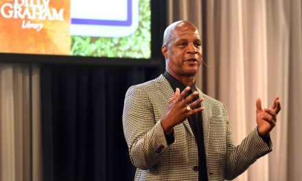 Men's Dinner with Darryl Strawberry – By Billy Graham Evangelistic Association