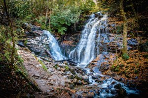 The Best Blue Ridge Parkway Waterfalls: Soco Falls in Cherokee NC