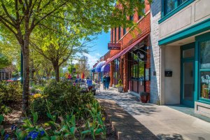 Main St in Downtown Hendersonville NC