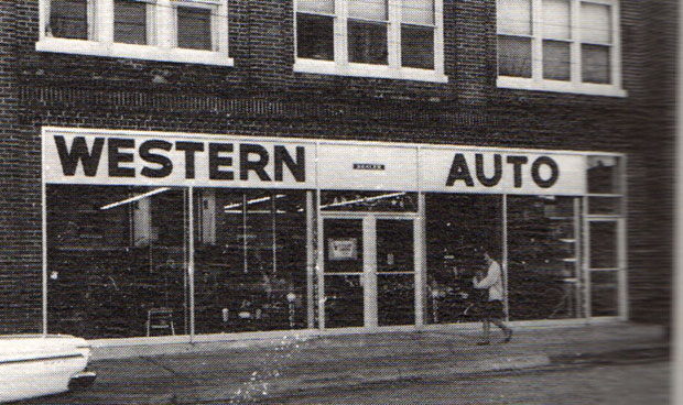 Western Auto on Main Street in Floyd in 1965 (Photo by Doug Thompson)