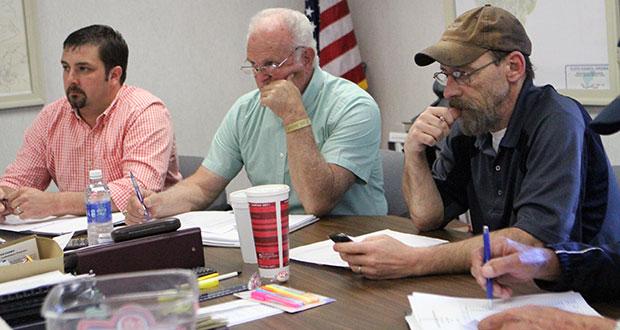 Supervisors Lauren Yoder (left), Joe Turman and Board Chairman Case Clinger.