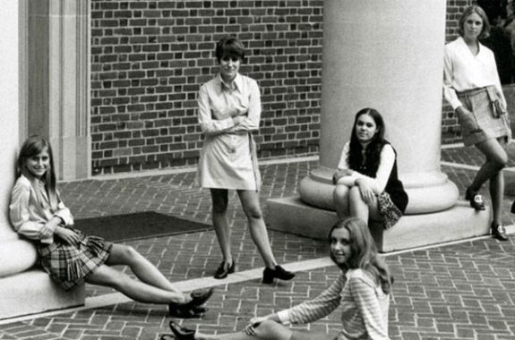 The coeds of Sweet Briar back in the day.