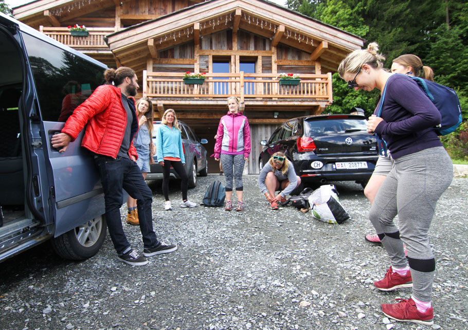 healthy food yoga retreat chamonix mont blanc alps vegan vegetarian hiking retreats spa hot tub