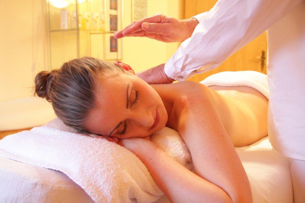 wellness yoga retreat chamonix massage