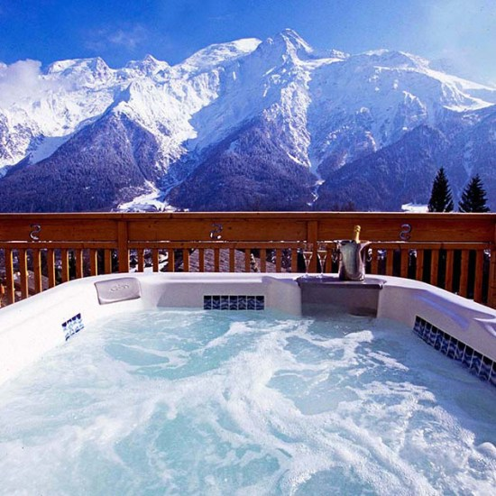 Europe, Yoga, Retreat, Chamonix, Mont Blanc, France, Luxury, Chalet, spa, hot tub, hiking, meditation, alps, wellness, mountain, travel, mountains, retreats, holistic, holiday, hike, walking, hikes, wellbeing, mindfulness, retreats, luxury, jess, rose