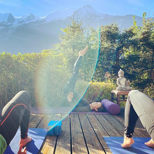 Jessica, dezaux, goozee, Europe, Yoga, Retreat, Chamonix, Mont Blanc, France, Luxury, Chalet, spa, hot tub, hiking, meditation, alps, wellness, mountain, travel, mountains, retreats, holistic, holiday, hike, walking, hikes, wellbeing, mindfulness, retreats