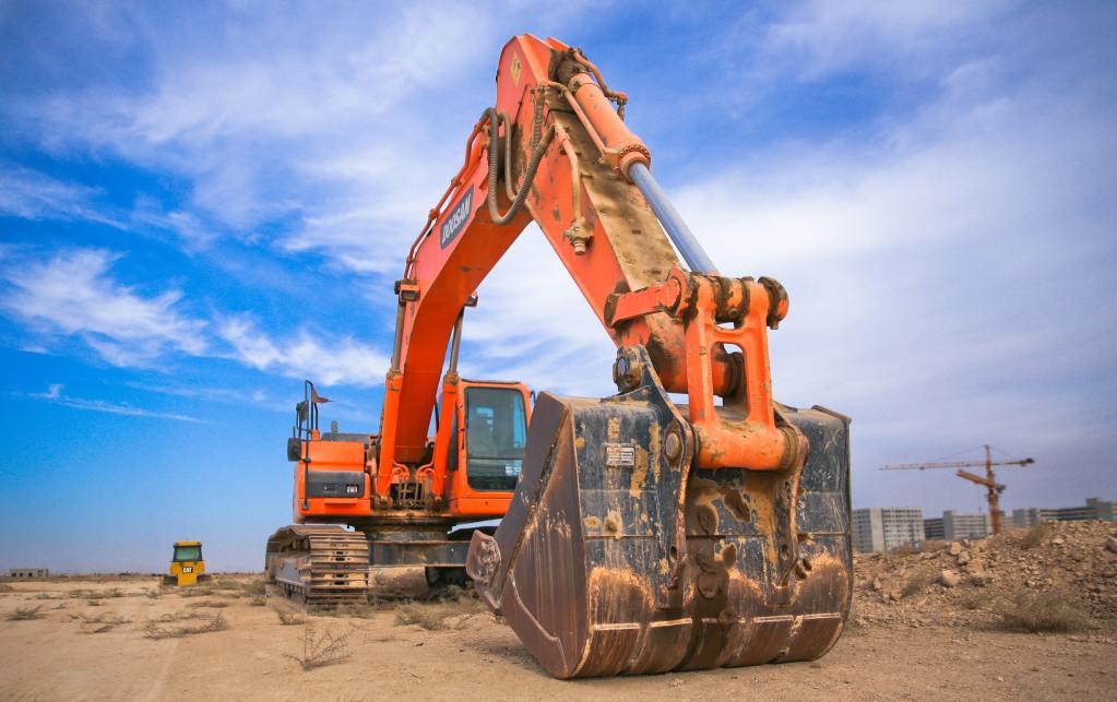Heavy Construction Crane
