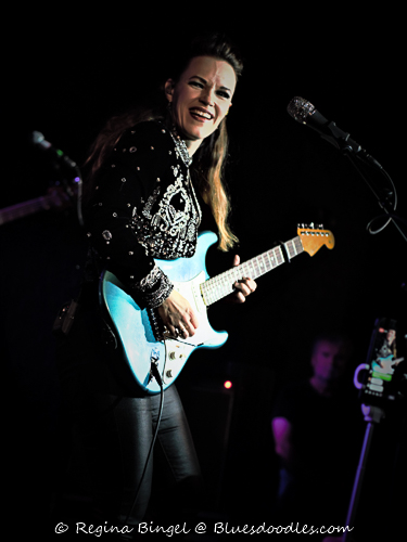 Erja Lyytinen Blue Guitar Live at the Borderline