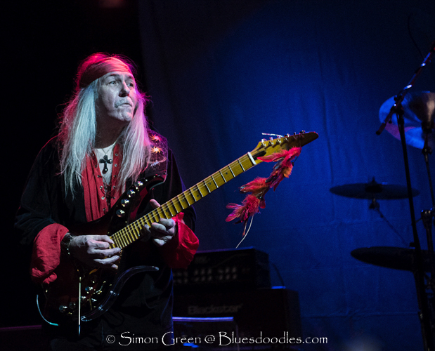 Uli Jon Roth Entertains reaching the Sky with his Guitar. Specia guest Kaleb McKane opened a night of pure guitar magic and energy