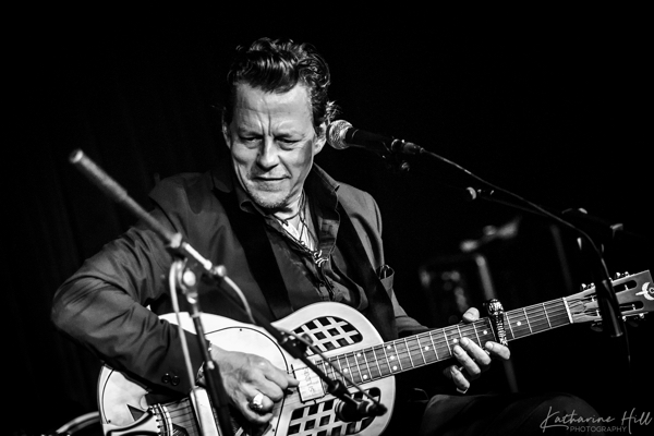 Ian Siegal Solo Is All The Rage across UK November 2019