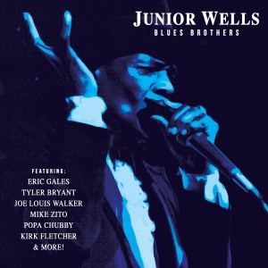 Junior Wells welcomes the Blues Brothers