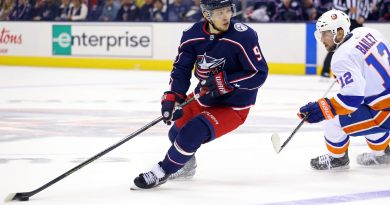 McKenzie: Rangers don't feel they are out on Artemi Panarin yet
