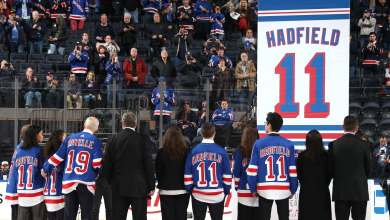 Photo of Vintage Lundqvist not enough on Vic Hadfield Night