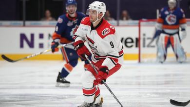 Photo of Report: Rangers sign forward Phil Di Giuseppe