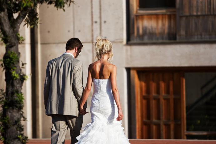 Bride and Groom at Salk Institute with Architecture in La Jolla, San Diego, California