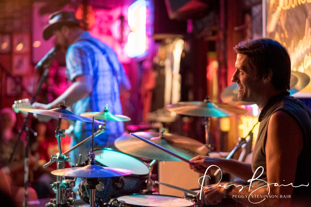 Benet Shaeffer drummer Jeremiah Johnson ©2017 Blues Insights Peggy Stevinson Bair