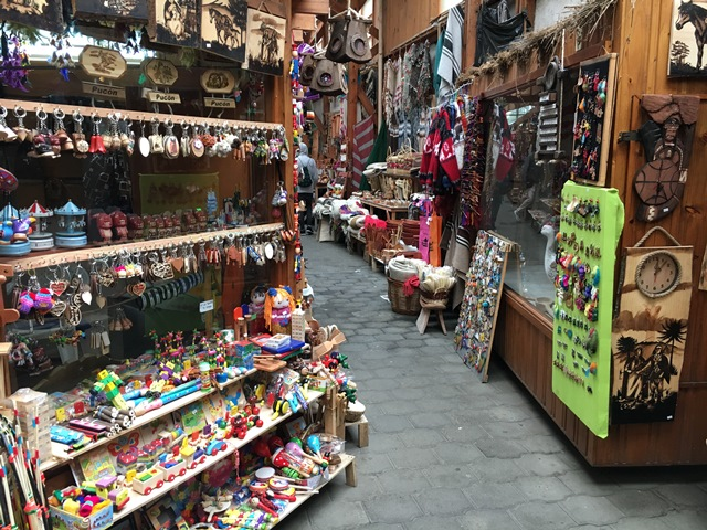Survenir market in Pucón, Chile