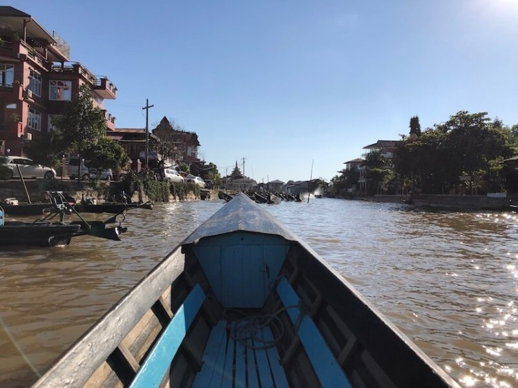 Boat trip around Inle Lake Myanmar, Blue Sky and Wine
