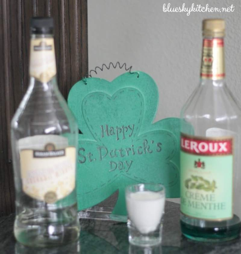 St. Patrick's Day Cocktail to Make Irish Eyes Smile ~ either a light version or ice cream~decadent, this drink will be a hit with your favorite leprechaun.