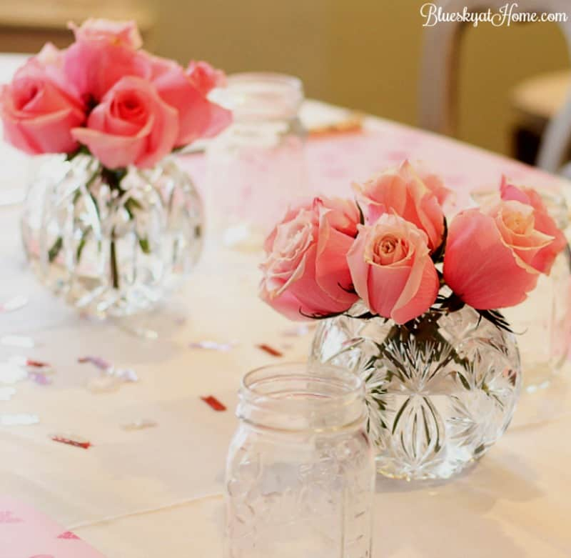 How to Host a Valentine Brunch for Your Girlfriends ~ from a welcoming drink and an awesome menu to sweet desserts and pretty decorations. Here's the step~by~step guide to make your girlfriends know how special they are. BlueskyatHome.com