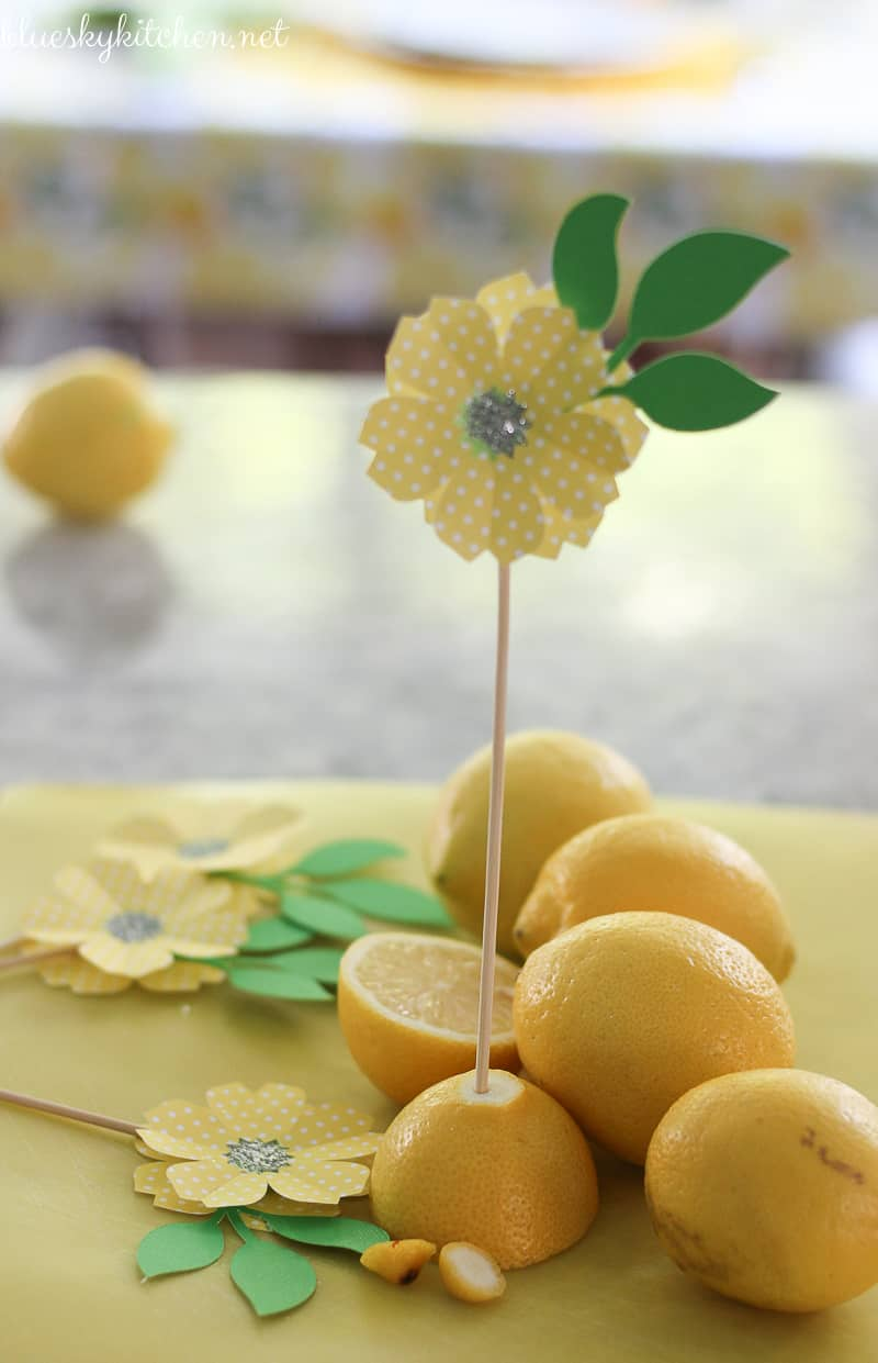 How to Make a Paper Flower Party Decoration. Using Cricut Explore Air, you can make the paper flowers as party decorations, name cards or cupcake toppers.