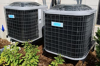 A Picture of a Condenser