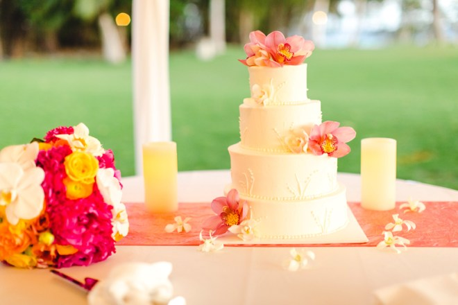 Wedding cake with orchids in Maui