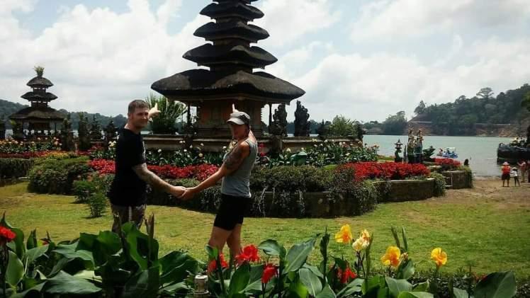bali combination tour packages - bedugul lake temple