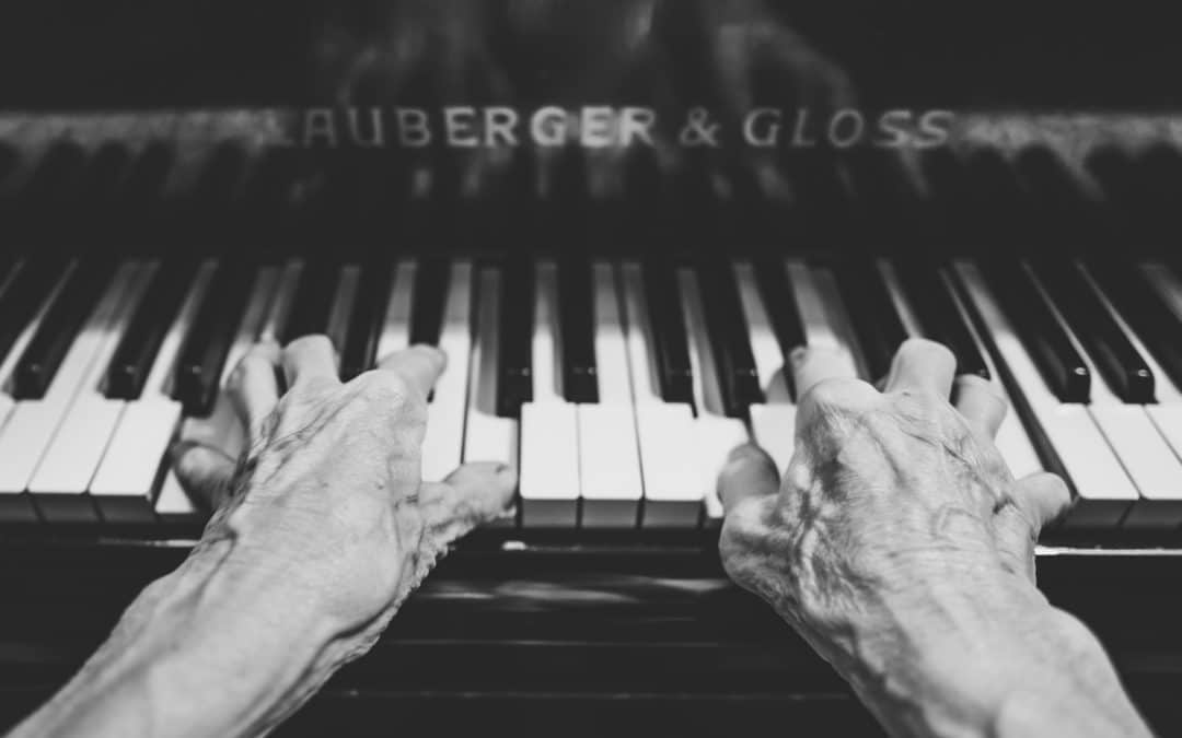 Benefits of Music for Seniors