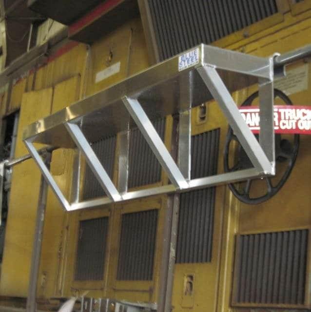 Handrail Tool Tray10