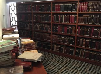 of-course-the-worlds-oldest-library-needs-a-dedicated-reading-room