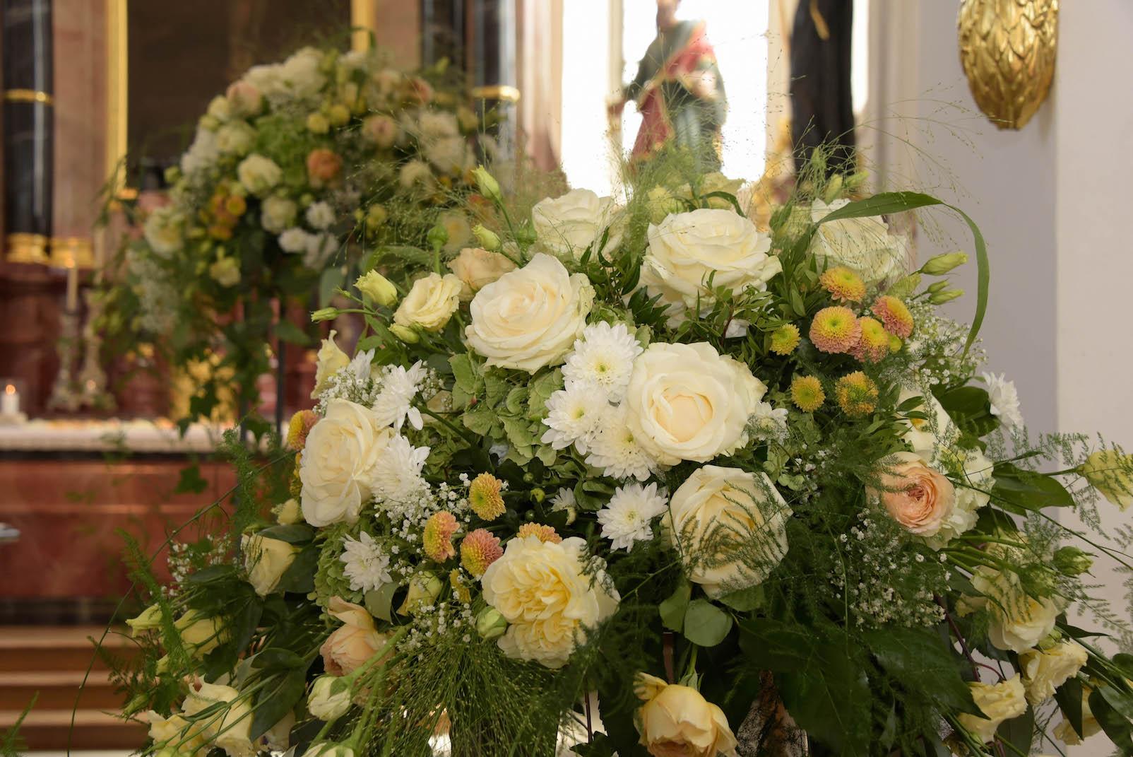 Blumenschmuck Kirche Hochzeit Resultado De Imagem Para
