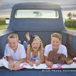 Summer Mini Sessions Utica Illinois Family Photographer Blue Truck Photography