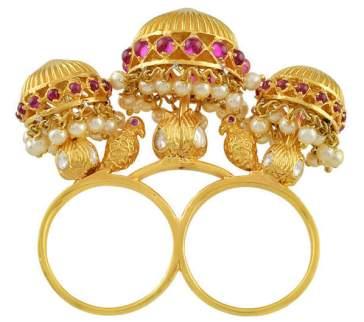 arian-ring-close-up