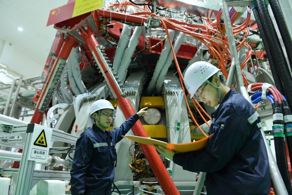 The HL-2M Tokamak reactor is China's largest and most advanced nuclear fusion experimental research device and can reach temperatures of over 150 million degrees Celsius - STR / ©AFP