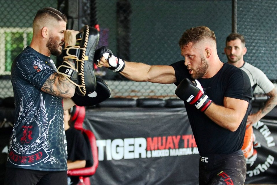 UFC lightweight prospect Rafael Fiziev trains at Tiger Muay Thai in Phuket with coach George Hickman - Handout / ©AFP